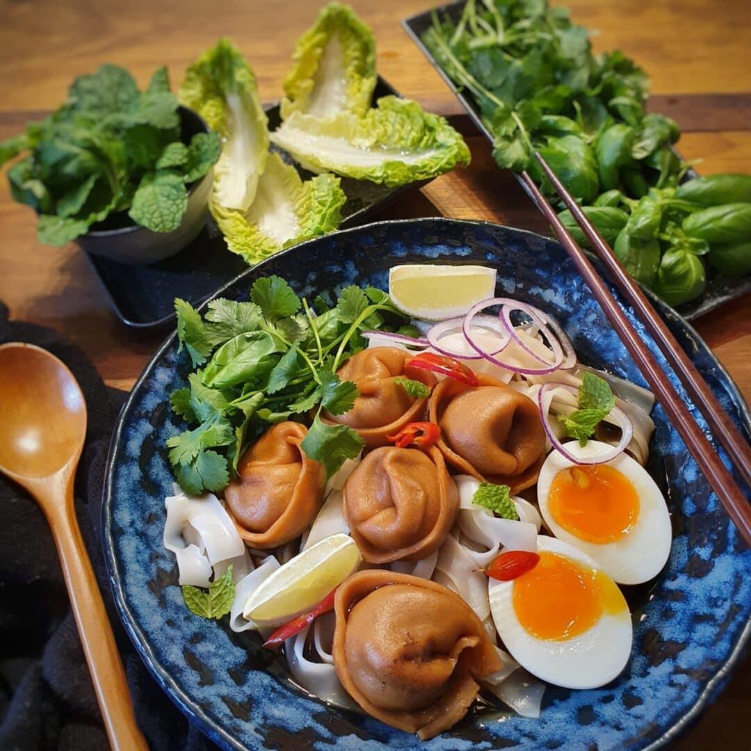 mushroom dumpling soup pho